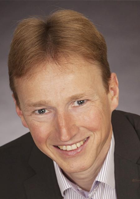 Prof. Dr. med. Bernd Wolfarth